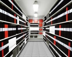 Elfa archiefruimte met inhoud