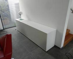Nuvola tv-meubel met verzinkbare tv ruimte dicht