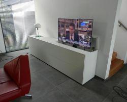 Nuvola tv-meubel met verzinkbare tv ruimte